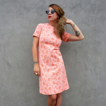 Darling 60s Mod Shift Dress in Carpet Fabric Peach Pink Sherbert