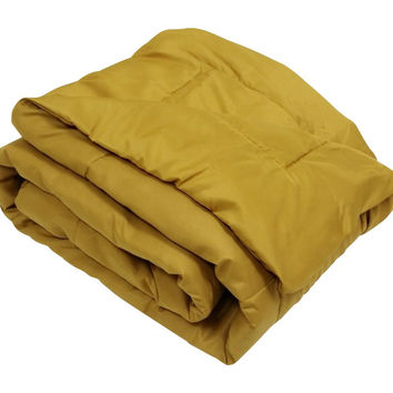 HIGH QUALITY OVERSIZED DOWN ALTERNATIVE COMFORTER SUPER SOFT 90 GSM- GOLD - 2 SIZES AVAILABLE