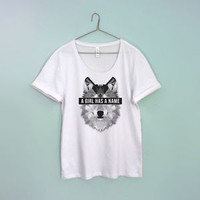 """Game of Thrones """"A Girl Has A Name"""" Stark Wolf Wide neck T-shirt S-XXL"""