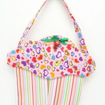 CupCake Purse small purse cloth purse fabric gift bag cup156