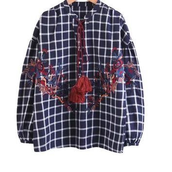 New Casual Loose Women Blouses Autumn Floral Embroidery Long Sleeve Top O Neck Plaid Lace-Up Shirts