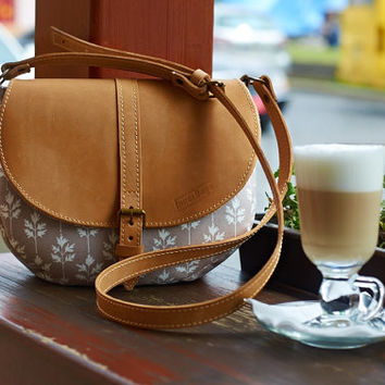Beige cross body bag. Cotton cross body bag. Leather flap. Leather cross body  strap.