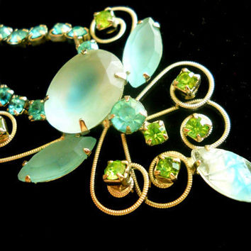 Vintage Necklace Frosted Givre and Aqua Peridot Rhinestones