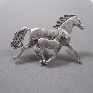 Horse and Pony Pewter Brooch Pin Vintage Signed Tom Meier 1998 southwest country cowgirl style jewelry ranch mother baby Equestrian