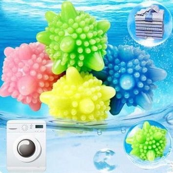 4pc Magnetic Laundry Washing Ball  For machine wash and dry Fabric random colour