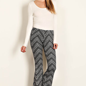 High Wait Hippie Boho Geo Chevron Print Pattern Knit Flare Bell Stretchy Pant