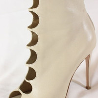 "~~~ RAZZLE-DAZZLE!!! ~~~ GIANVITO ROSSI NUDE LEATHER ""CUT OUT"" BOOTIES ~ 36.5"