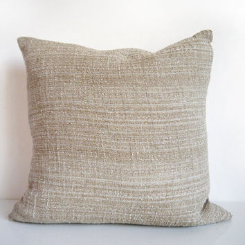Gold pillow: throw pillow in metallic gold and natural linen, Italian luxury weave, modern cusion cover
