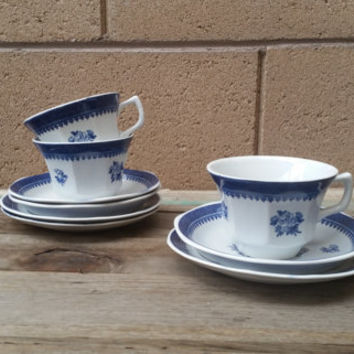 Blue and White Tea Set Springfield Wedgewood (9 piece)