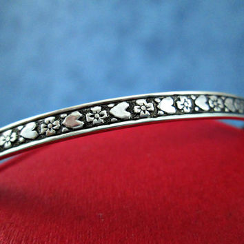Vintage Bangle Bracelet Sterling Silver Hearts Flowers Motif Valentines Day Gift Average Size Narrow Width Signed