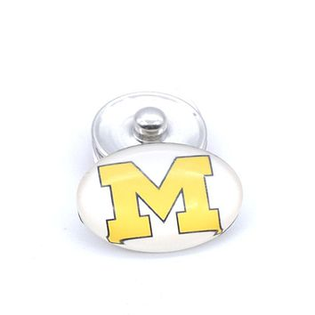 Snap Button 18mmX25mm NCAA Michigan Wolverines Charms Interchangeable Buttons Bracelet Football Fans Gift Paty Birthday 2017