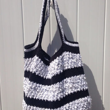 Tote bag / market bag / beach bag / crochet bag / cotton beach bag / black and white