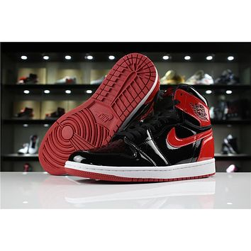 Air Jordan 1 Retro High OG 861428-061 Black/Red
