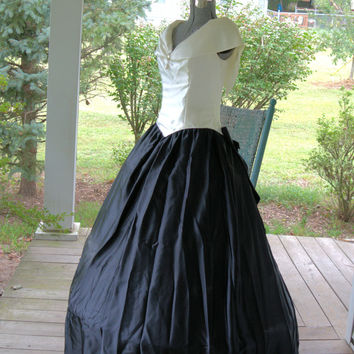 Vintage 1980's Black and White Satin Southern Belle Bridesmaid Dress Size M