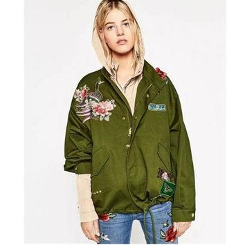 2016 Harajuku Red Rose Flower 3D Appliques Embroidery Pike Jacket New Women Stand Collar Loose Coat Casual Outerwear Army green