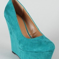 Delicious Meroz-S Suede Round Toe Wedge