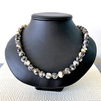 Mens Black and White Shell Beaded Necklace