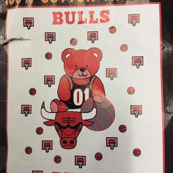 BRAND NEW VINTAGE CHICAGO BULLS BABY TRIPLE WOVEN JACQUARD BLANKET WITH BEAR