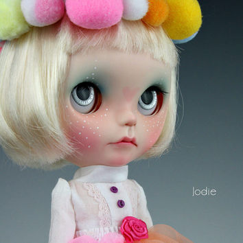 Aviva and her Magic box custom ooak Blythe doll by Jodiedolls