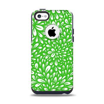 The Lime Green & White Floral Sprout Apple iPhone 5c Otterbox Commuter Case Skin Set
