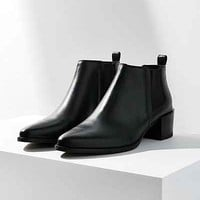 Vagabond Emira Chelsea Boot - Urban Outfitters