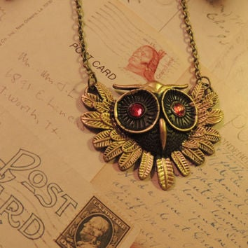 OWL Pendant Necklace with Swarovski Crystals UNIQUE - Vintage Look- Ideal Gift