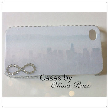 Infinity Cityscape Case by CasesbyOliviaRose on Etsy