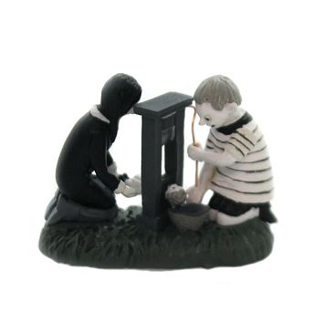 Department 56 Accessory WEDNESDAY & THE BOY PUGSLEY The Addams Family 6002952
