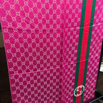Gucci Large Women's Gg Woolen Scarf / Wrap / Shawl Pink & Gold Used
