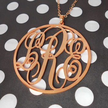 Circle Monogram Charm,3 Initial Monogram Necklace Rose Gold,Three Letters Nameplate Monogrammed,Monogrammed Gifts,Personalized Necklace