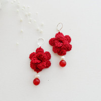 Crochet Earrings - Red Roses Earrings - Dangle Earrings - Flower Earrings - Pearl Earrings