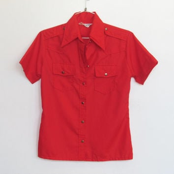Womens Vintage Shirt-tales / Red Button-down Western Shirt w/ Shoulder Tabs