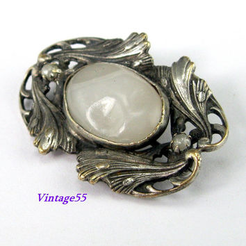 Brooch Edwardian White Glass Pearl Silver tone