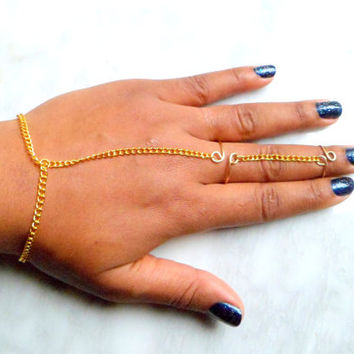Above Knuckle ring with Attached Bracelet, Hand ring Bracelet, Edgy Statement Piece for everyday Flair