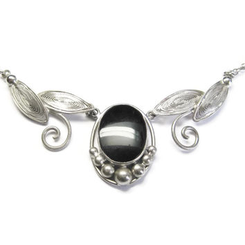 Sterling Silver Onyx Leaf Necklace Choker