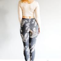 The Sundara Legging - High Waist Leggings - American Milled Fabric in Charcoal and Cream - By Simka Sol®