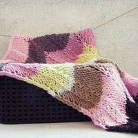 Chevron knit blanket / Baby Blanket / Afghan / Pink / Brown