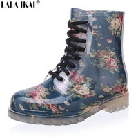 2016 Women Rain Boots Floral Print Martin Rubber Boots Spring Autumn Winter Woman Rainboots Short Tube Rubber Shoes XWN0041