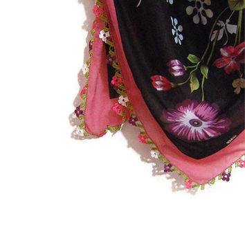 Traditional Turkish Yemeni Rayon (artificial silk) Scarf With Crocheted Lace, Pink / Black Floral Pattern