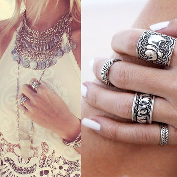 4pcs Set Vintage Retro Punk Ring Set Unique Carved Antique Elephant Totem Leaf Lucky Rings for Women Boho Beach Jewelry