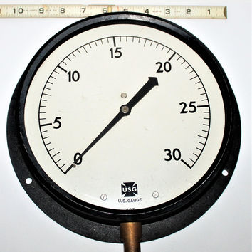 Large Vintage US Gauge Company 30 pound Pressure Gauge, Perfect Industrial Décor Piece