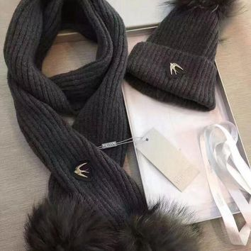 ICIKQ2 Alexander McQueen Fashion Beanies Knit Winter Hat Cap Scarf Scarves Set Two-Piece3
