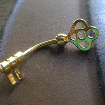 Antique Skeleton Key Belly Button Jewelry Ring Conch Snug Ear Piercing Navel Barbell Stud Gold Top Upside Down Bottom Reversible Bar 14g