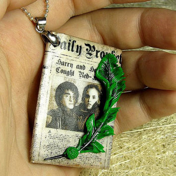 Harry Potter - Daily Prophet Necklace