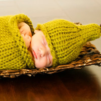 Perfect Pear Cocoon and Newborn Hat knitting PATTERN by lillebarn
