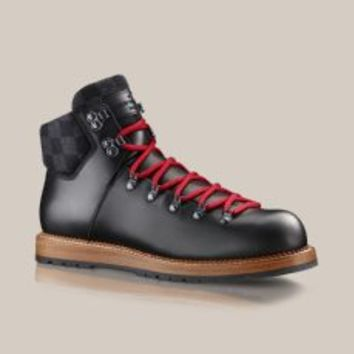 Thunderbolt ankle boot in oiled calf - Louis Vuitton - LOUISVUITTON.COM