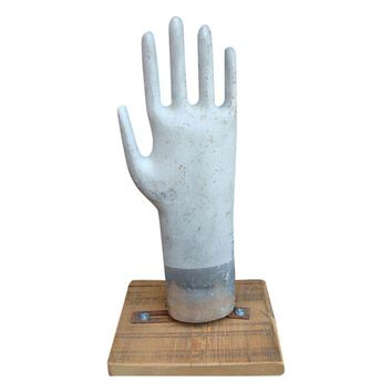 Pre-owned Vintage Glove Mold