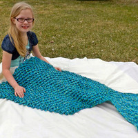 Mermaid tail blanket - adult size lapghan - crochet blanket - snuggle blanket - detailed scale pattern - fish tail blanket - pocket blanket
