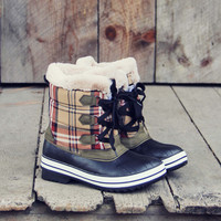 Eskimo Plaid Snow Boots