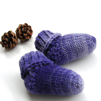 Purple ombre baby socks, newborn socks, stay-on socks, wool baby booties, handknit crib shoes